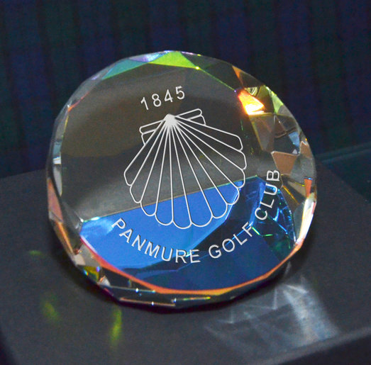 DIAMOND FACET PAPERWEIGHT 7.5CM PRESENTATION BOXED