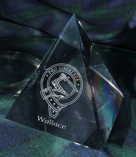 PYRAMID PAPERWEIGHT 6.5cm BASE PRESENTATION BOXED
