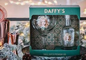 DAFFYS GIN AND GLASS PACK 43.4% 20CL